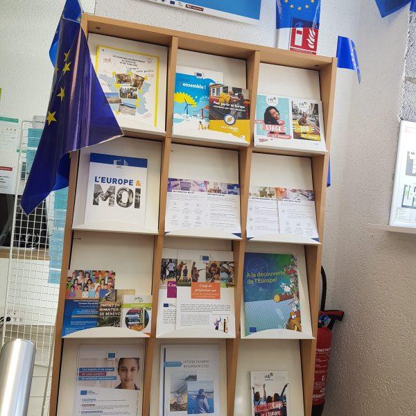 Kiosque Europe RLV Info Jeunes (1)